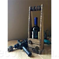 Футляр для вина с брашировкой и элементами стиля