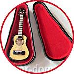 Гитара в футляре мини, 8 см