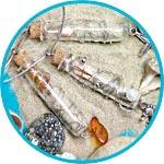 Кулон на память о море, мастер-класс, украшение со стеклянной маленькой бутылочкой и песком.